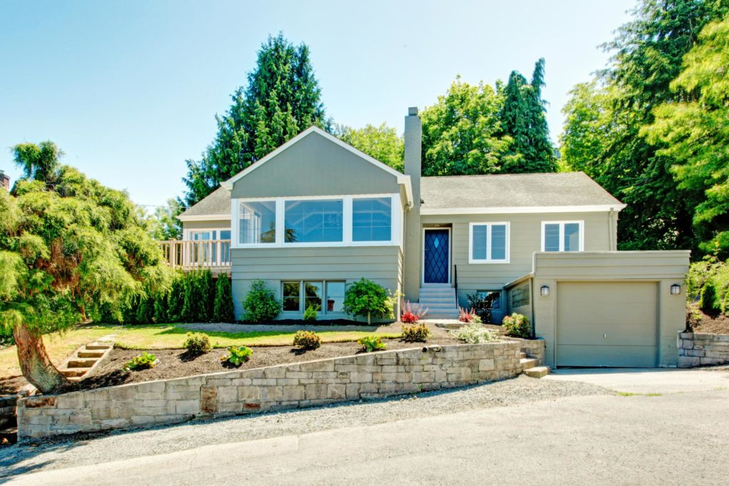 beautiful house ready for sale to real estate iBuyer